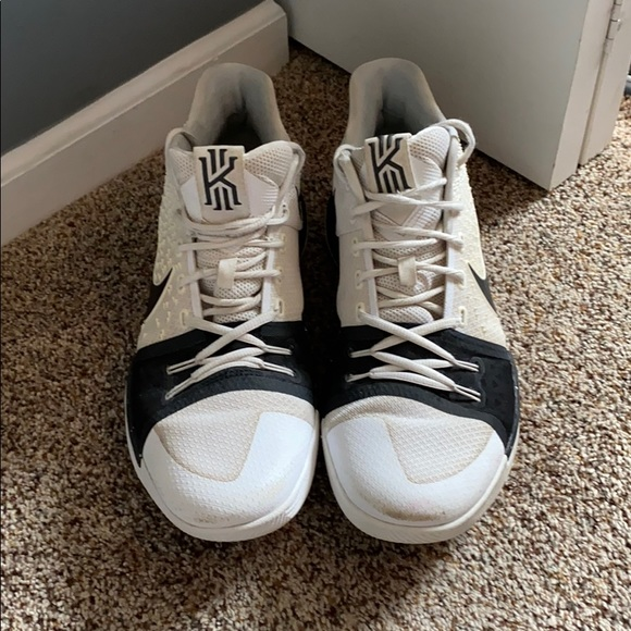 Nike Shoes | Kyrie 3s Black And White